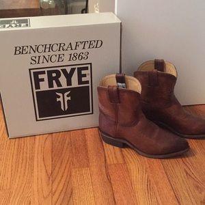 SALE! Frye Billy Short Boot